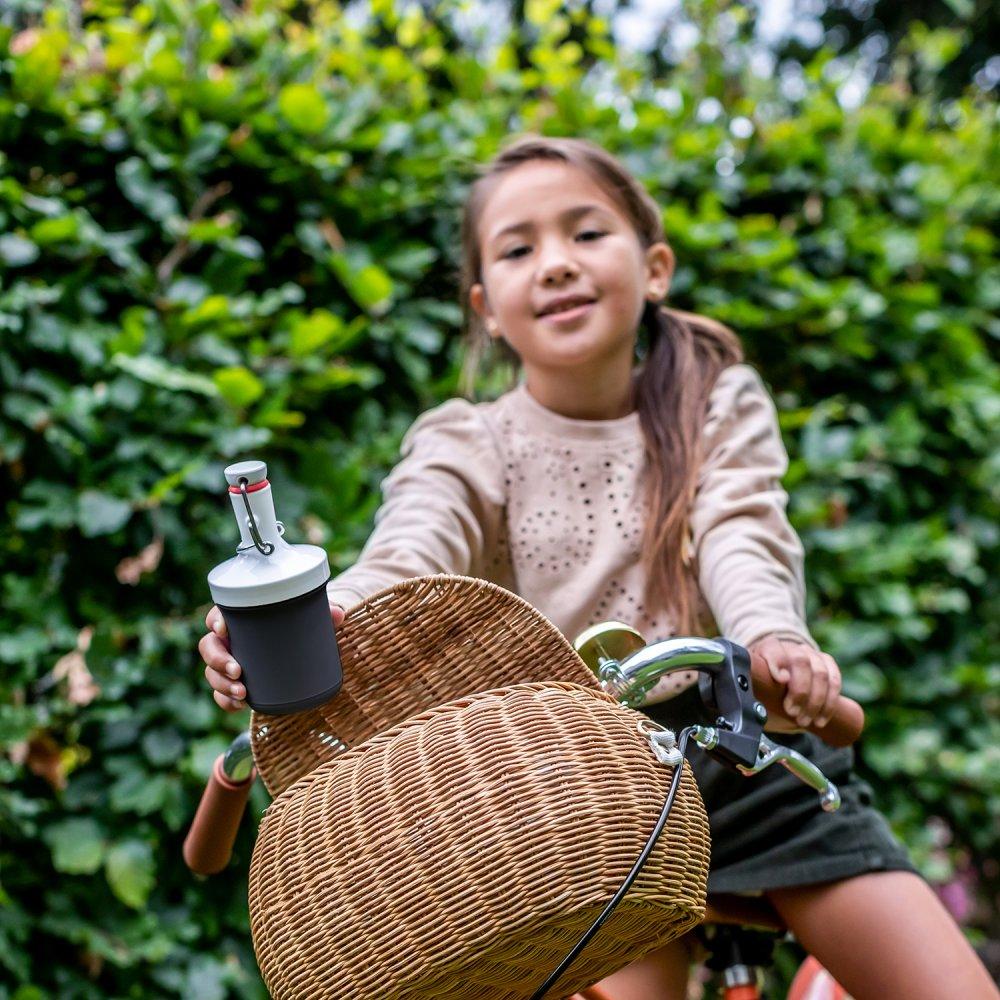 To go, oder wie das Kind auf dem Fahrrad. Mit koziol unterwegs.